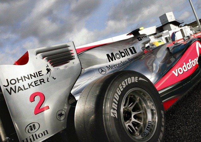 Johnnie_Walker_McLaren_Mercedes