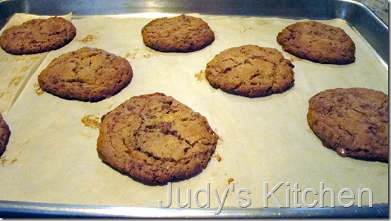 almond toffee cookies (2)