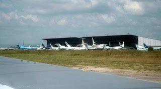 – Aéroport de Ndjili