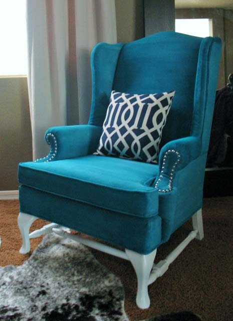 [IMG_4793 (465x640).jpg&description=A New Look for and Old Chair: Painted Upholstery')]