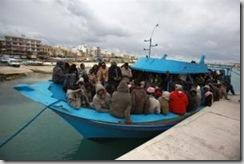 Une embarcation avec des immigrés clandestins en provenance de Somalie dans le port de La Valette à Malte, le 18 février 2009.