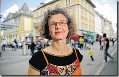 Katja Blanc est la nouvelle déléguée à l'intégration des étrangers de la ville d'Yverdon. Son entrée en fonction aura lieu le 1er juin. (Photo Jean-Paul Guinnard)