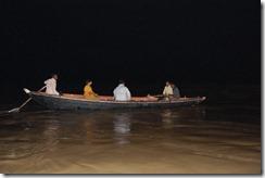 India 2010 -Varanasi  ,  paseo  nocturno  - 20 de septiembre   37