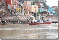 India 2010 -Varanasi  ,  paseo  en barca por el Ganges  - 21 de septiembre   105