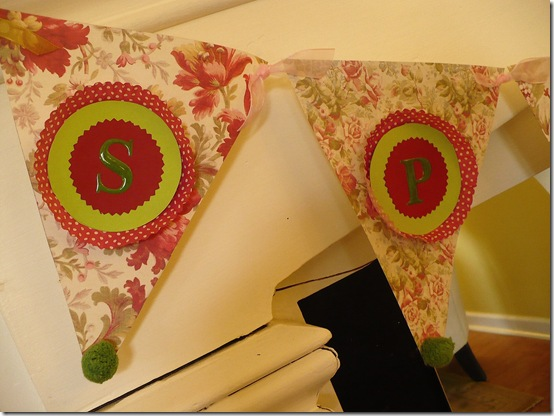cupcake linker and scrapbook spring banner