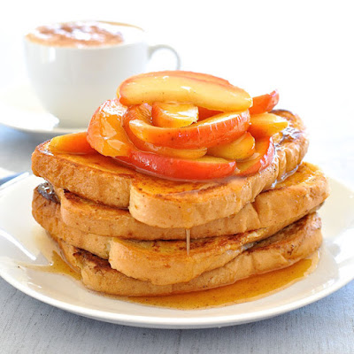 Fast French Toast with Cinnamon Apples