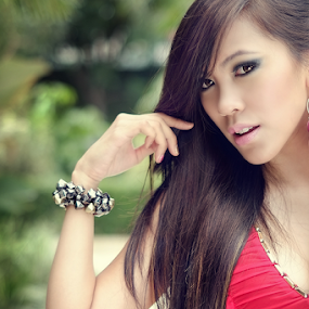 Dev by Edo Kurniawan - People Portraits of Women ( model, sexy, red, indonesia, photograhy )