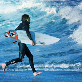On The Run by Dominick Darrigo - Sports & Fitness Surfing
