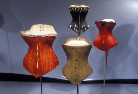 Contrary to popular belief, most Victorian women did not have 16-inch waists. Corsets were usually advertised with waists of 18 to 32 inches when laced completely closed, but they were often left open an inch or two.