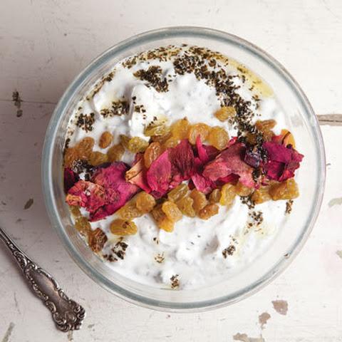 Mast-o Khiar (Yogurt and Cucumber Dip)