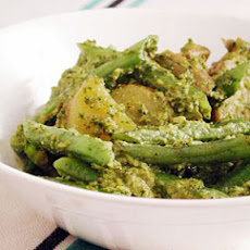 Green Beans and Potatoes Tossed with Pesto