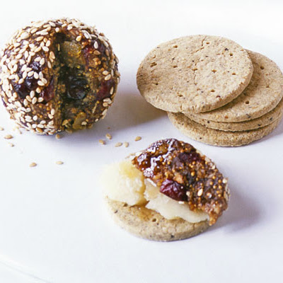 Spanish Fig & Almond Balls