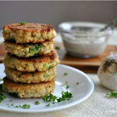 Tuna & Broccoli Quinoa Patties with Lemon Caper Sauce
