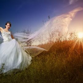 sunset by Dejan Nikolic Fotograf Krusevac - Wedding Bride ( aleksandrovac, kraljevo, sabac, vencanje, paracin, svilajnac, smederevo, sunset, wedding, krusevac, brideal session, svadba, kragujevac, bride, fotograf )