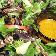 Mixed Greens' Salad With Apples and Maple-Walnut Oil Dressing