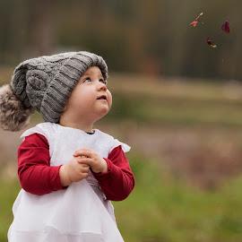 Beautiful girl. by Agata Raszke - Babies & Children Toddlers ( colour, girl, children portraits, portraitds, toddlers, babies and children )