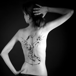 dragon tattoo by Nicky Staskowiak - People Body Art/Tattoos ( dragon, tattoo )