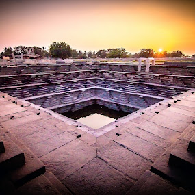 Hampi by Gurucharan Shamji - Buildings & Architecture Public & Historical ( history, hampi, sunset, india, well )