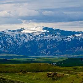 Mountains in Wyoming by Barbara Brock - Landscapes Mountains & Hills ( roadtrip in wyoming, snow-covered mountains, wyoming scenery )