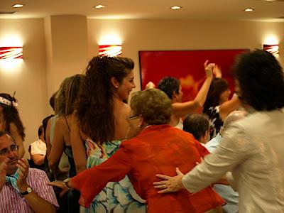 trenecito conga コンガ baile 踊り ダンス dance boda 結婚 wedding pepino ペピーノ ai ale 愛 アレ Alicante アリカンテ