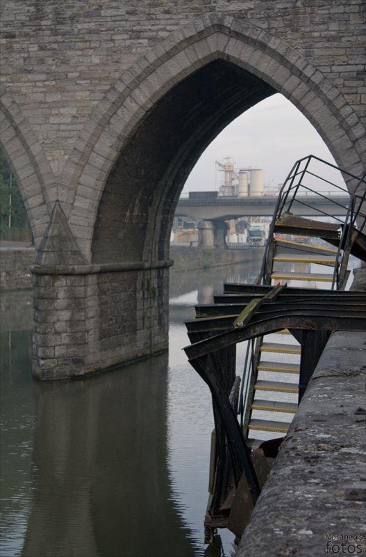 Pont des trous - Tournai - Hainaut - Belgique - Anne-Sarine Limpens - 2008