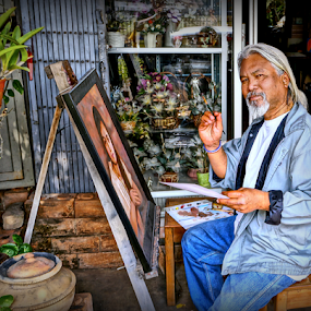 The Artist. by Ian Gledhill - People Professional People ( panting, street, thailand, asia, thai, artist, portraits, people, portrait, man,  )