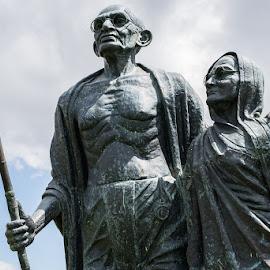Karamchand by Daniel Guerreiro - Buildings & Architecture Statues & Monuments ( gandhi, statue, mahatma gandhi, lisbon, portugal )
