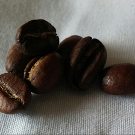 coffee few by Howard Guldi - Food & Drink Alcohol & Drinks ( coffee beans, beans, coffee, roast, roasted )