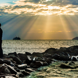 Ray Of Love by Muhd Luqmanul Hakim - People Couples ( ray love couple cloud formation )