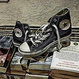 read and walk by Maffy Mamuri - Novices Only Objects & Still Life ( all star, shoes, books, converse )