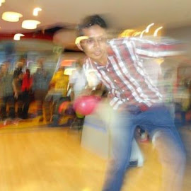 Flash Superbowler by Mohamed Faisal - Sports & Fitness Bowling