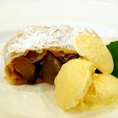 Quick Apple Strudel