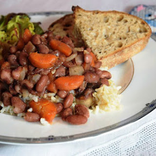 Beans with Carrots and Caramelized Onions