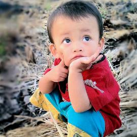 think by Ahmad Zulfikar - Babies & Children Child Portraits ( think, red, boy red )