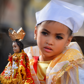 I'm Tired by Ferdinand Ludo - Babies & Children Child Portraits ( hello, child cateogry, i'm tired, blessed sto nino )