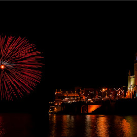 fireworks at the bay by Mario Borg - Abstract Fire & Fireworks ( church, malta, bay, balluta, fireworks, night,  )