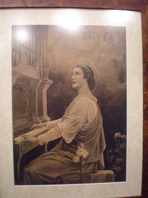Cuadro de Santa Cecilia que posee la Banda Municipal de Música de Pozoblanco, desde muy antiguo. Foto: Eva Ríos
