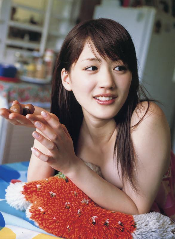 Ayase Hakura bugil