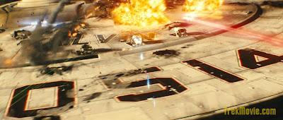 Nave explosão. USS Kelvin. Novo filme jornada nas estrelas 2009