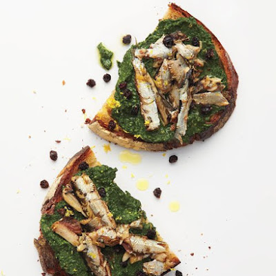 Spinach Pesto on Sardine Crostini