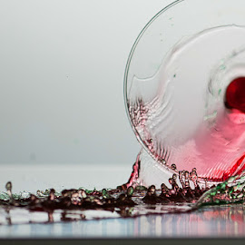 Glass3 by Dimitris Stenidis - Novices Only Objects & Still Life ( water, studio, dsphotography, flash, speed, green, liquid art, stenidis, colour, break, liquid, red, sync, glass, high, dimitris,  )