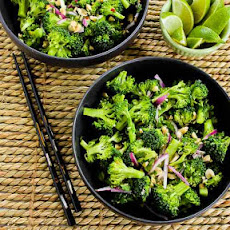 Easy Thai-Flavored Raw Broccoli Salad Recipe with Red Onion, Mint, and Peanuts