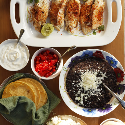 Grilled Fish Tacos with Creamy Chipotle Sauce