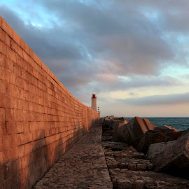 Lighthouse at Nice harbour by Jan Kiese - Buildings & Architecture Public & Historical