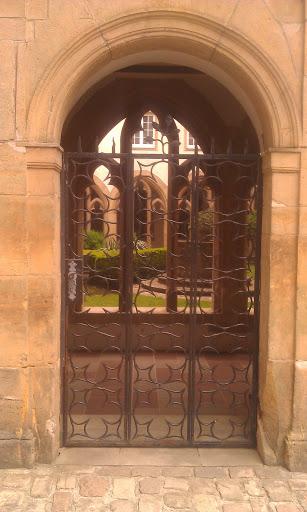 Vianden, Tor zum Kreuzgang