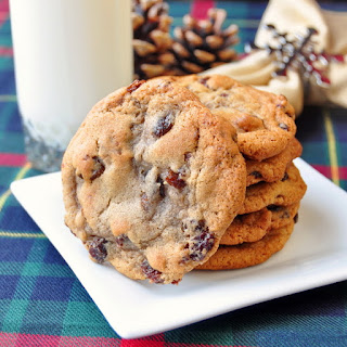 Soft and Chewy Raisin Spice Cookies