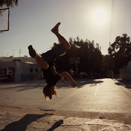 Urban Mike by Alex Hamel - People Musicians & Entertainers ( urban, freerunning, parkour, mike, basketball court, Urban, City, Lifestyle )