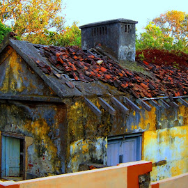 Abondoned... by Anupam Ghosh - Buildings & Architecture Decaying & Abandoned ( house, rural )