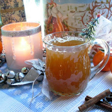 Hot Spiced Orange and Fruit Tea