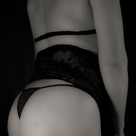 Softness by Antonio Gansa - Nudes & Boudoir Boudoir ( boudoir photography, black and white, woman, boudoir, nudes )